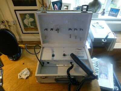 Carlton Mobile High Frequency Beauty Machine.  Fully Serviced & Warranty.