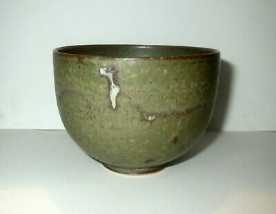 Signed Master Crafted CHINESE CELADON STUDIO POTTERY BOWL - FEATHER LIGHT