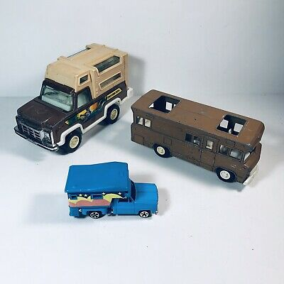 Tootsietoy Rv & Camper Diecast/ Plastic, 1 Unmarked Camper Hong Kong Diorama