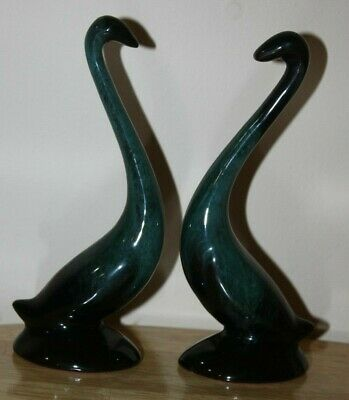 Vintage Blue Mountain Pottery 6 inch Green Drip Glaze Swan Figurines.
