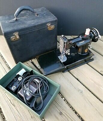 Rare 1933 Singer Featherweight 221 Sewing Machine Working w/ Case Wow!