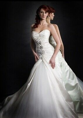 Baccini & Hill Couture Wedding Dress
