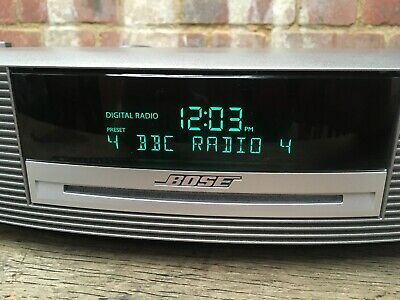 Bose Wave Music System III CD/Radio/Alarm Titanium/Silver & Remote Touch On 3