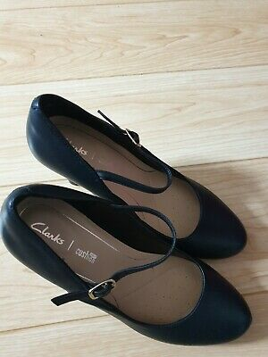 Clarks Denny Harbour Brown Leather ladies low heel shoes size 5//38-7//41 D BNWB