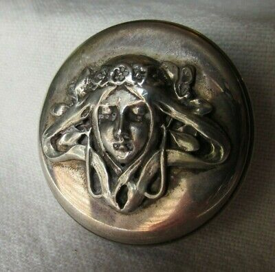 Well Executed Wonderful Art Nouveau or Jugendstil Style 800 Silver Box