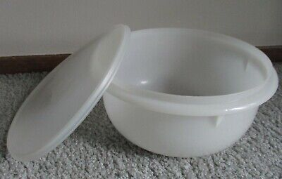 Vintage Tupperware Handolier Classic White Mixing Bowl #272 /12 cups