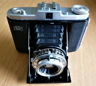 Zeiss Ikon Nettar with Case not tested shutter sounds fine very good cond
