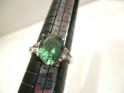 Lab Created Green Emerald Size 8.5 to 9  925 Silver Ring With Heart Diamondique