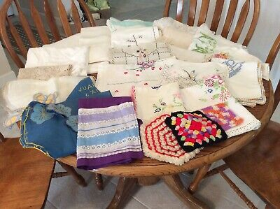 Vintage Linen Lot, 23 Pieces, Cutters