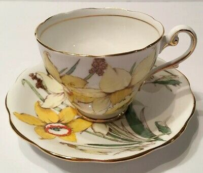 Royal Standard England Golden Gleam Yellow Daffodils Tea Cup and Saucer