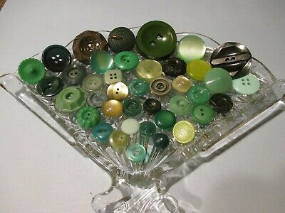 40 Green Vintage Sewing Buttons #2