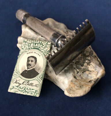 "Vintage Gillette ""Single Ring"" Safety Razor & Period Correct Blade"