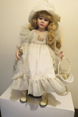 Doll Porcelain Hillview Lane
