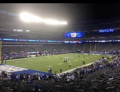 12/1 New York Giants vs Green Bay Packers 2 tiks.Lowers Sec 121 Row 30+ Parking