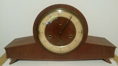 Vintage SMITHS Art Deco Style Wooden Mantel Clock With Chimes
