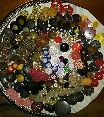 Vintage Mixed Button Lot- Plastics,Bakelite,Metals,Glass, China, Wood +
