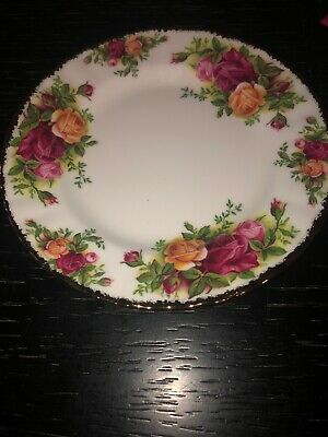 """Vintage Royal Albert Old Country Roses Bread and Butter Plate England 6"""""""