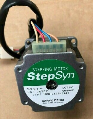 Step Syn Stepping Motor Type 103H7123-3742 587/19