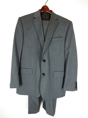 Stafford Executive Gray Wool 2-Button 2-Piece Suit Classic Fit Size 44R/44X29