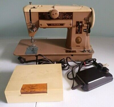Vintage Singer Sewing Machine 401A With Foot Pedal Good Condition