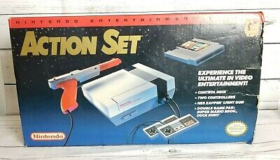 Nintendo Entertainment System Action Set Console - NES - Great Shape in Box