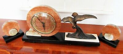 Large Art Deco Three Pieces Onyx Mounted Marble Garniture Clock Working Order