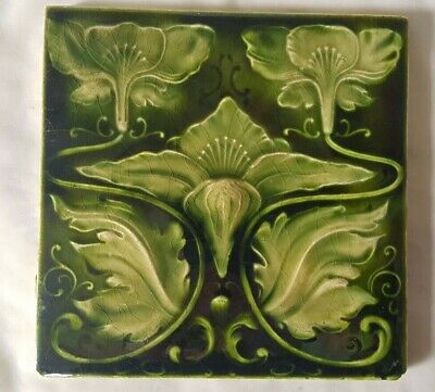 ELEGANT ENGLISH GREEN FLORAL DESIGN ANTIQUE 6 INCH TILE art nouveau