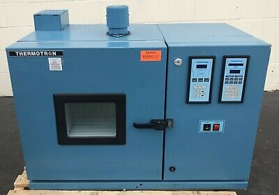 Thermotron S-1.2C Temperature Chamber W/Therm-Alarm Laboratory Industrial