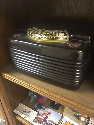 vintage philco tube radio