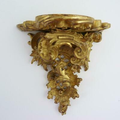 19th CENTURY CARVED GILTWOOD WALL BRACKET