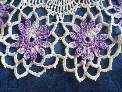 VINTAGE HAND CROCHETED MAUVE DAISIES WITH WHITE ROUND DOILEY 35cms across