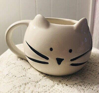 Cat Coffee Mug 10 Strawberry Street White Black Ceramic Cup Tea Soup