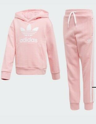 Brand New girls adidas tracksuit Age 6-7 Years