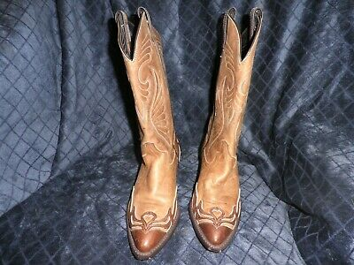 Laredo Womens boot 6M light brown with dark brown leather overlay