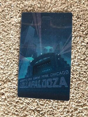 2014 Lollapalooza 3D Lenticular Hologram Collectible Commemorative Pass Eminem