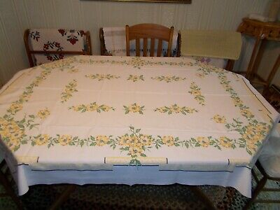 Vtg LEACOCK PRINTS White With Yellow Flowers Kitchen Tablecloth 62 x 51 VGUC