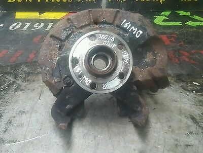 Volkswagen Fox DRIVER SIDE FRONT WHEEL HUB Urban 2008