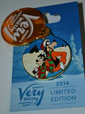Disney Max & Goofy Mickey's Very Merry Christmas Party Pin 2014 Limited Edition