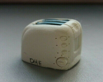 Dolls House 1:12 Scale Miniature Resin White Toaster Kitchen Accessory