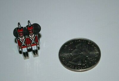 Disneyland Disney Toy Soldiers From Parade Babes In Toyland Tiny Kingdom Pin LR