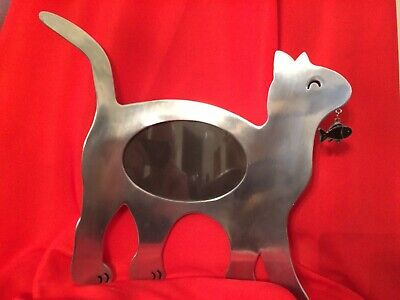GENTLY USED! VINTAGE CONNOISSEUR '80's PEWTER CAT W/FISH PHOTO FRAME:VERY RARE!
