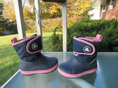 Crocs KIDS Navy Lightweight Fleece Lined Winter Boots Baby Girls size 6
