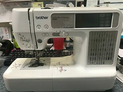 Brother SE425 Computerized Sewing Machine & Embroidery 4X4 hoop 70 designs