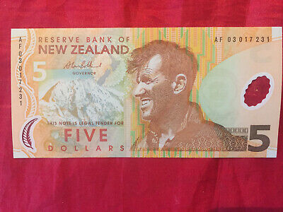 $5 New Zealand Polymer Banknote Unc Af03017231 2003 Issue Note