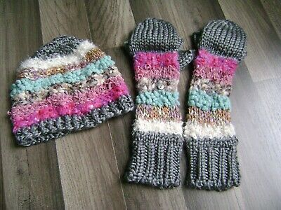 Women's Sm New York Multi Color Hat & Glove Set-One Size