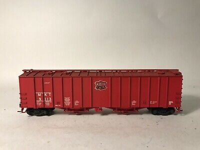 Walthers decals HO Freight 68-06 Missouri Kansas Texas caboose black A62