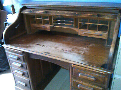 Roll Top Desk, pre 1920, Cutler style in good condition