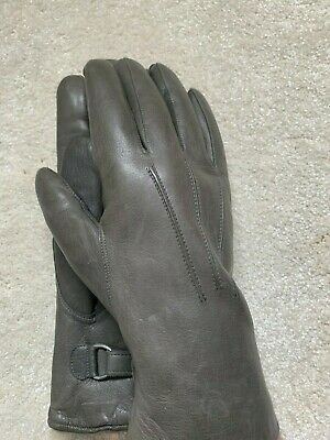 Unisex fur lined leather gloves size 8.5