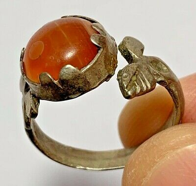 ANCIENT ROMAN SILVER RING WITH VERY RARE CARNELIAN STONE 4.9gr 27mm (inner 21mm)