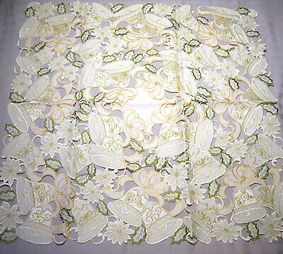 Christmas Holiday Table Cloth Runner & 4 Napkins Embroidered Cutout Design